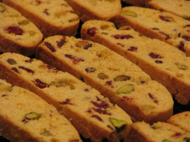 Cranberry biscotti at friendsfoodfamily.com