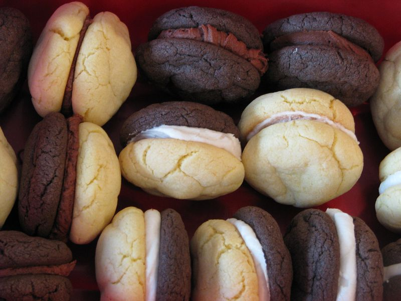 Chocolate and Vanilla Sandwich Cookies at Friends Food Family