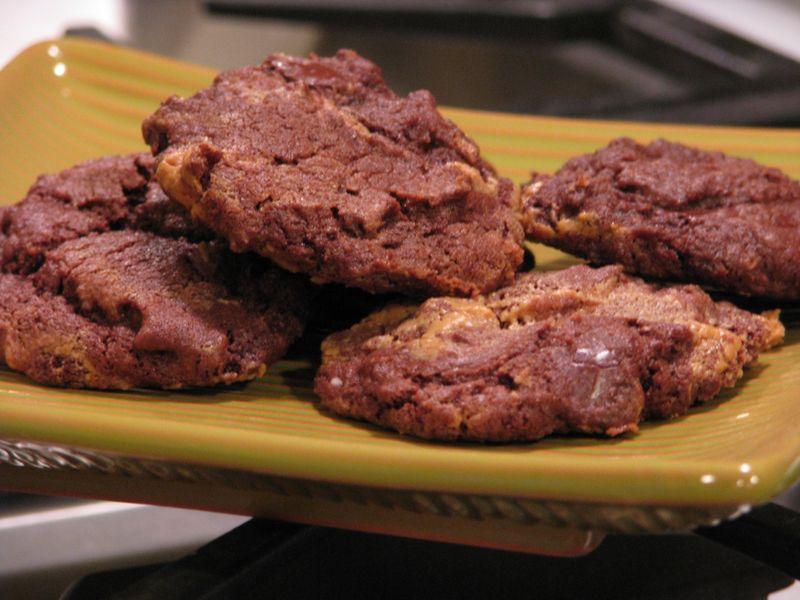 Chocolate Chunk Peanut Butter Swirl Fudge Cookies @ friendsfoodfamily.com