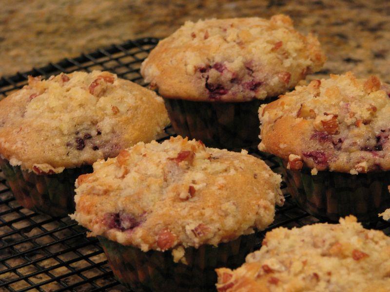 William-Sonoma's Blackberry Muffins @ FriendsFoodFamily.com