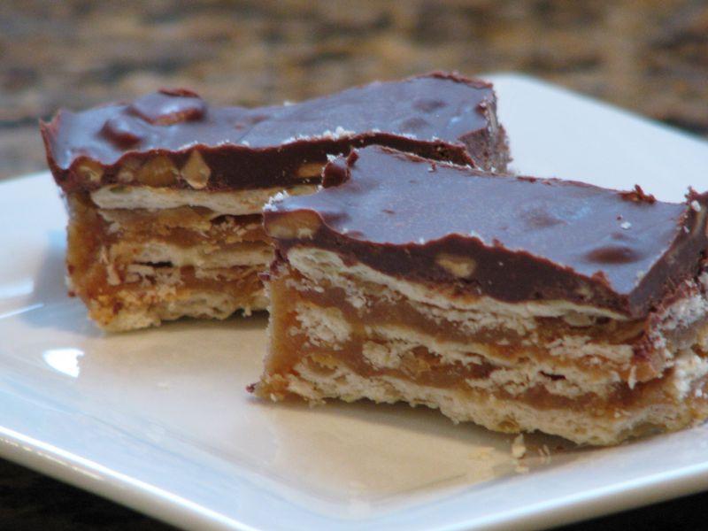 Chocolate Peanut Butter Caramel Crunchers @ FriendsFoodFamily.com