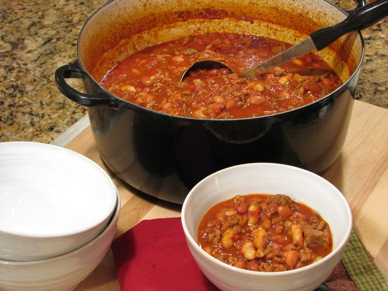 Chunky Beef and Bean Chili @ FriendsFoodFamily.com