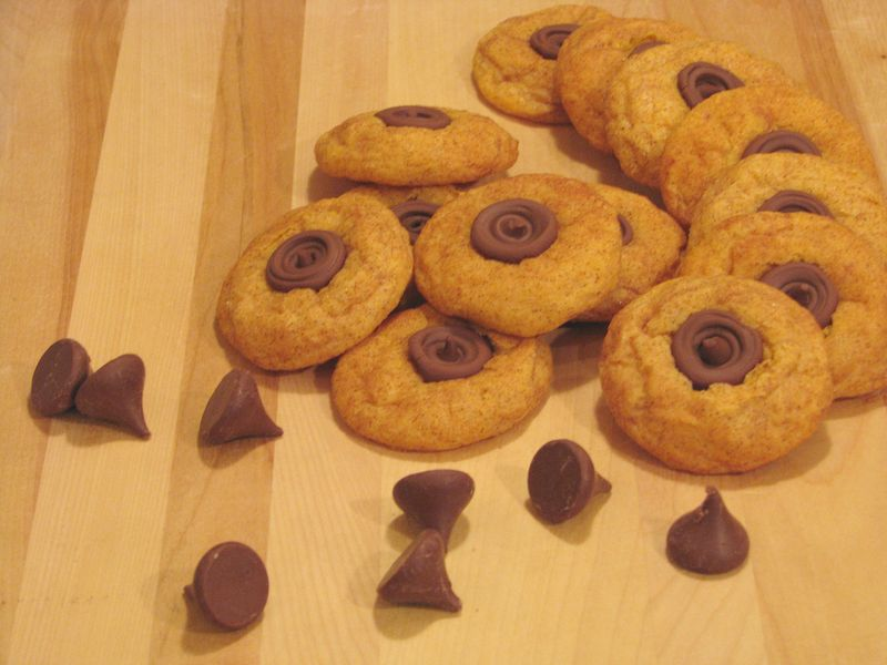 Pumpkin Blossom Cookies with Milk Chocolate Kisses with Friends Food Family